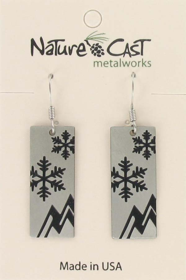 Earring dangle snowflake & mountains disc