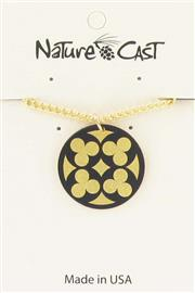 "Pendant quatrefoil on gold w/ 18"" chain"