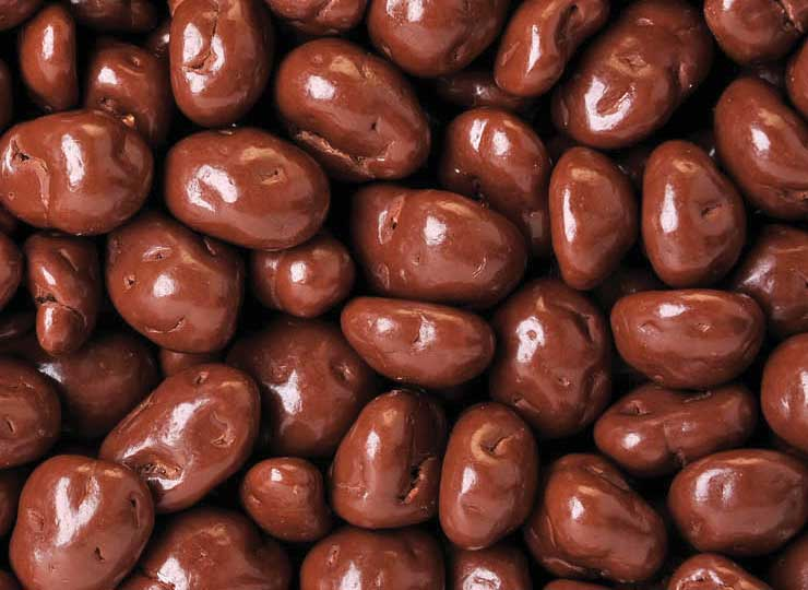 1# Tin Chocolate Peanuts