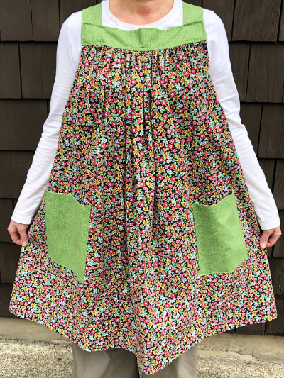Popover Pinafore Apron — Small Floral with Green Accent Fabric MAIN