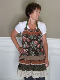 Piecemakers Country Parlour Apron Kit THUMBNAIL