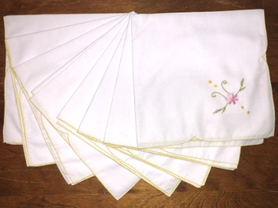 Vintage Embroidered Napkins – White with Yellow Trim and Pink Embroidered Flower MAIN