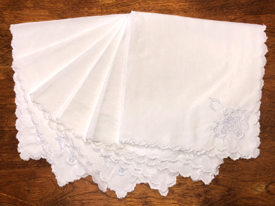 Vintage Embroidered Napkins – White with Basket Design MAIN
