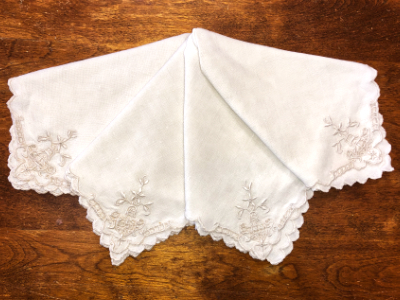 Vintage Embroidered Napkins – Khaki with Scalloped Edges MAIN