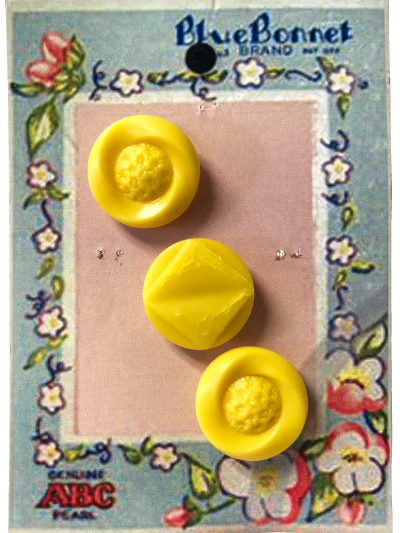 VINTAGE Round Yellow Buttons on Blue and Pink Floral Blue Bonnet Card MAIN