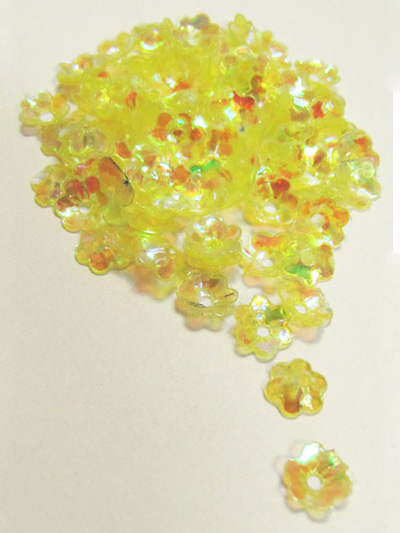 8mm Large Flower Sequins — Iridescent Light Yellow MAIN