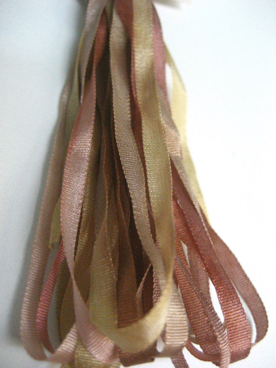 Thread Gatherer Hand-dyed Silk Ribbon, 4mm — Dried Roses 129 MAIN