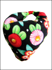 Thumb Pincushion - Mary Engelbreit Flowers THUMBNAIL