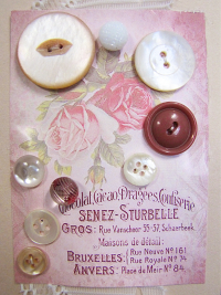 VINTAGE Pink and White Buttons on Card with Pink Roses THUMBNAIL