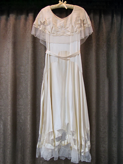 Cream-Colored Vintage 1930s Dress with Belt & Headband (#9) MAIN