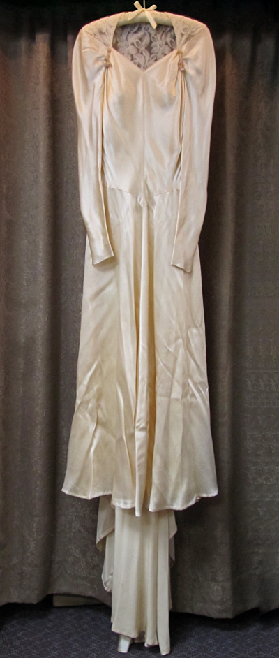 Cream-Colored Vintage 1930s/40s Wedding Gown with Lace Back  (#12) MAIN