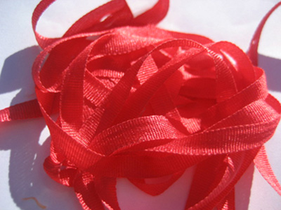 YLI Silk Ribbon, 7mm — 002 (red) MAIN