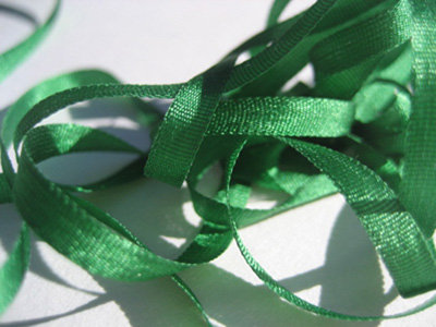 YLI Silk Ribbon, 2mm — 061 (green) MAIN