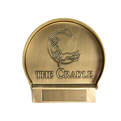 The Cradle Putting Cup