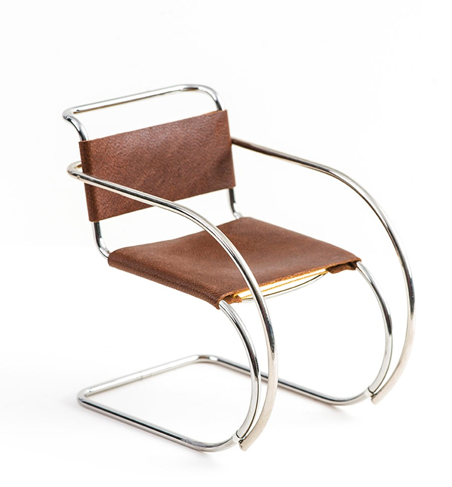 MR 20 Chair