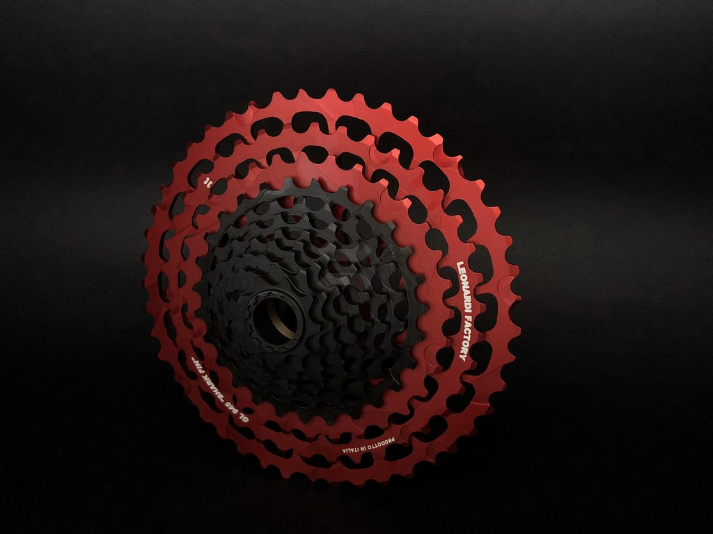 General Lee 9-45 - 11 Speed Cassette Black/Red_THUMBNAIL