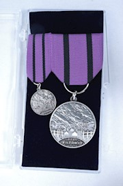 PATRIOT GRAVE MARKING MEDAL SET THUMBNAIL