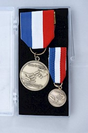 SERVICE TO VETERANS MEDAL SET THUMBNAIL