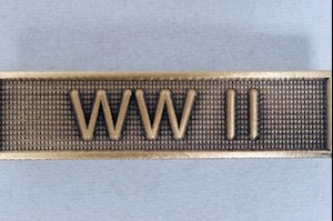 WAR SERVICE BAR - WWII LARGE