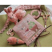 Homespun Elegance - Country Spirits Collection - Shamrock Bunny Needle Case & Scissor Fob