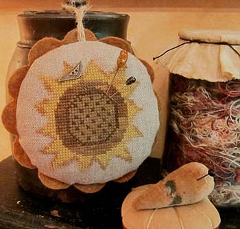 Homespun Elegance - Sunflower  Love Pin Cushion MAIN