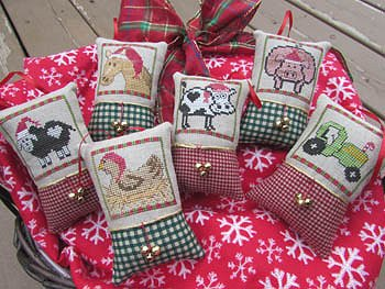 Designs By Lisa - Christmas on the Farm MAIN