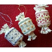 Freda's Fancy Stitching - Little Christmas Hang-Ups