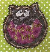 Val's Stuff - Come In For A Bite Halloween Ornament Kit