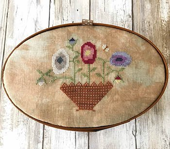 Lucy Beam Love In Stitches - Summer Flowers ~Shaker Box Top MAIN