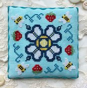 Luminous Fiber Arts - Berry Buzz THUMBNAIL