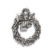 Charm - Silver Christmas Wreath MAIN