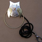 Puffin & Company Magnetic Scissor Sitter - Owl THUMBNAIL