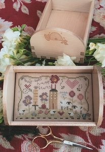 Shepherd's Bush - Busy Bees Stitching Tray Kit MAIN