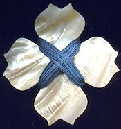 Mother of Pearl Thread Winder - Celtic Flower_THUMBNAIL