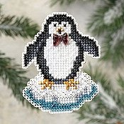 Ornament Series 2009 Winter Holiday - Proud Penguin THUMBNAIL