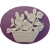 Kelmscott Designs Needle Minder - Pansies THUMBNAIL