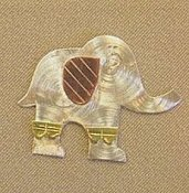 Puffin & Company Magnetic Needle Nanny - Elephant_THUMBNAIL