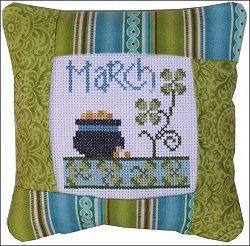 Pine Mountain Designs - Small Pillow Kit - March MAIN