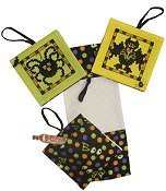 Pocket Ornaments - Halloween - 14ct Green w/ Halloween Fabric
