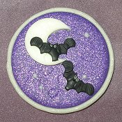 Stoney Creek Needle Minder - Batty Moon (Glow-In-The-Dark) THUMBNAIL