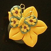Stoney Creek Needle Minder - Butterfly and Flower