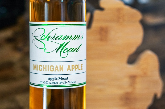 Michigan Apple 375ml MAIN