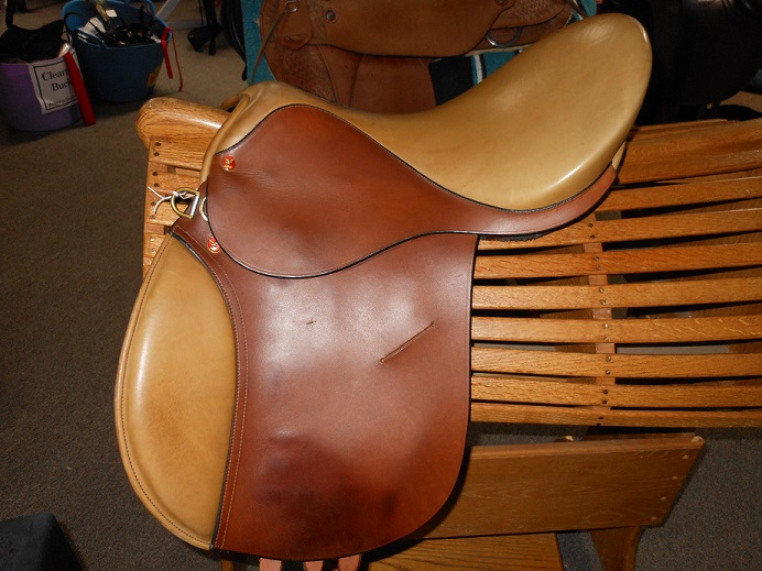 ReactorPanel Foxhunter Saddle MAIN