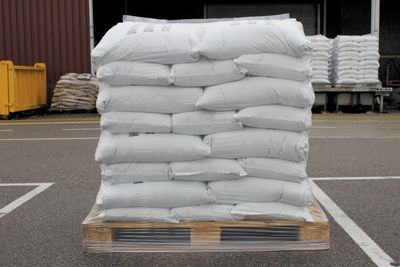 2000 lb (40) 50lb Bags of Rubber Crumb Synthetic Turf Infill Material For Turf, Fringe, & Sport_LARGE