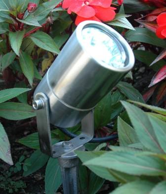 Directional Lighting - Solid Cast Stainless Steel - Low Voltage 12 Volt Landscape Fixture - SCS-5WU