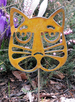 "Cat Head Garden Stake (4.5"" x 5"") - Hand Crafted Metal Garden Art Decor LARGE"
