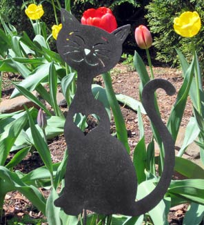 "Cat Heart Garden Stake (8.5"" x 14.5"") - Hand Crafted Metal Garden Art Decor LARGE"