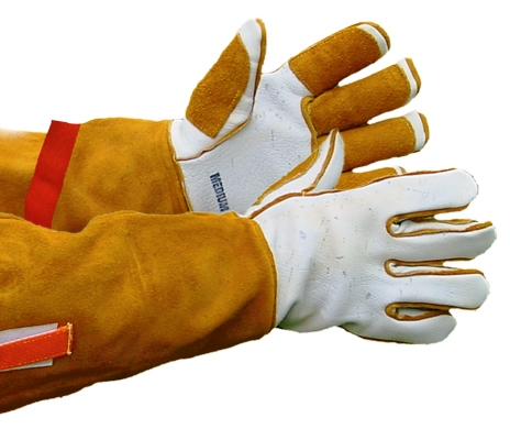 Animal Handling Gloves and Protective Sleeves
