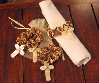 Shell with Shell Cross Napkin Rings LARGE