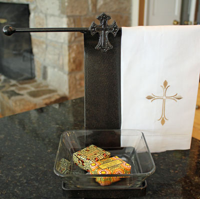 Wrought Iron Jewelry/Soap Caddy with Cross LARGE